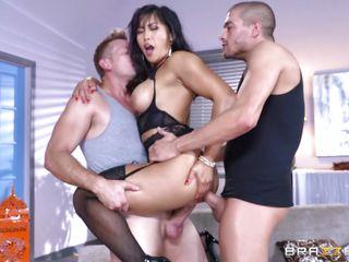 Порно оргия в офисе